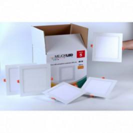 Pack 5 Focos LED Extraplanos Cuadrados 22,5cm Luz Cálida