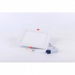 Foco LED Extraplano Cuadrado 22,5cm Luz Cálida